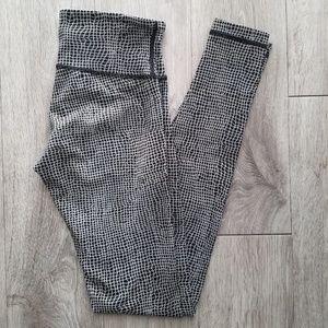 Lululemon Legging | Black & White | Size 4